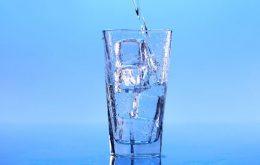 دانلود فایل صدای آب نوشیدنی
